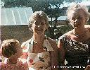 Claire, Mlle Aerts et Mme Fourreau