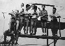 Au bassin de natation (de g. à dr.): Antonio, Fr. Dhont, Dady Marien, Fion, Carlos, ... , Robert
