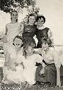 Remise des Prix 1956/1957: Accr.: M-C Labeye, M-J Poulizac, J. Carpentiez Deb.: A. Thiebaut, R. Bauwens, R. Hasson