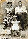 Dada Ba Omari, grand-père de Marc Kitenge-Omari, le jour de la remise de la médaille du Mérite Civique