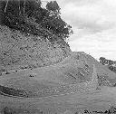Détail de la route supérieure vers le barrage - Juil 1958