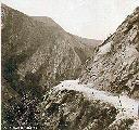 Route supérieure d'accès vers le barrage - Oct 1956