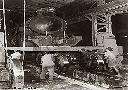 Locomotive dans un atelier du C.F.L. à Albertville