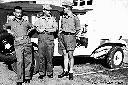 Albertville, au centre, le lt von Bayer avec deux officiers irlandais