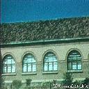 Fenêtres des classes, façade avant dr.