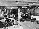 Bar et salle-à-manger (navigation sur le Lac TANGANYIKA)