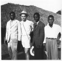 Bwana COPHACO et ses employés (Photo Urbain)